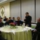 Mons. Jorge Bernal dirige unas palabras de gratitud a los presentes, junto a él se encuentran el P. Emilio Díaz-Torre (izquierda) y el P. Rodolfo Mayagoitia.
