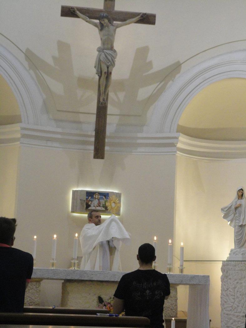 Adorazione Eucaristica, P. Miguel Cavallé, LC