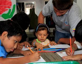 Actividades formativas realizadas por los chicos del Club Faro.