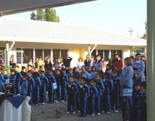 Más de 100 niños iniciaron su curso escolar en el Colegio Mano Amiga.