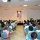 El P. Rodolfo Mayagoitia, L.C., durante la plática con los miembros del Movimiento Regnum Christi de la Prelatura de Cancún-Chetumal.