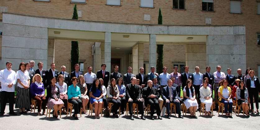 Foto de grupo tomada el 6 de Junio después de la misa celebrada por el Card. Velasio De Paolis, delegado pontificio de la Legión y el Regnum Christi