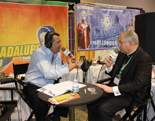 Entrevista realizada al nuevo Arzobispo de Los Ángeles, Mons. José Gómez.