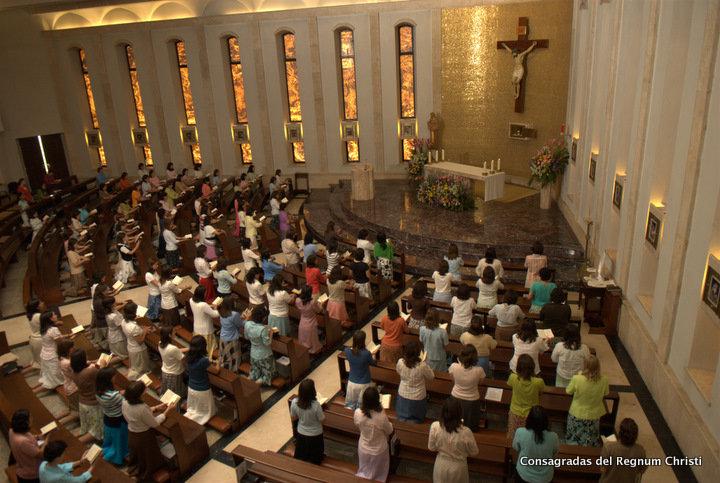 La comunità delle Consacrate del Regnum Christi a Roma.