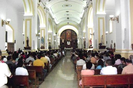Misa en la catedral de Metagalpa para dar gracias por los alumnos de la Escuela de la Fe que están estudiando los módulos de formación.