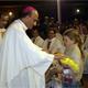 Mons. Fernando Chomalí bendijo los juguetes que se entregaron a los niños afectados por el reciente terremoto en el sur de Chile.