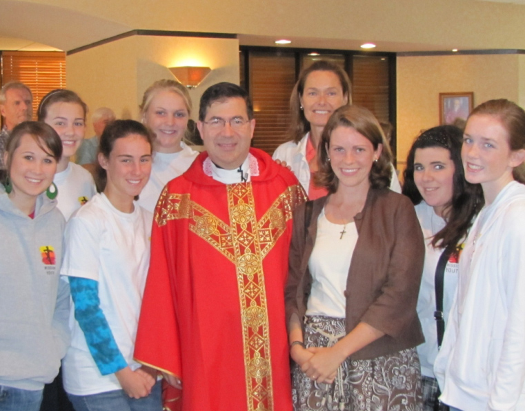 Fr. Frank Pavone of Priests for Life poses with group from Mission Youth