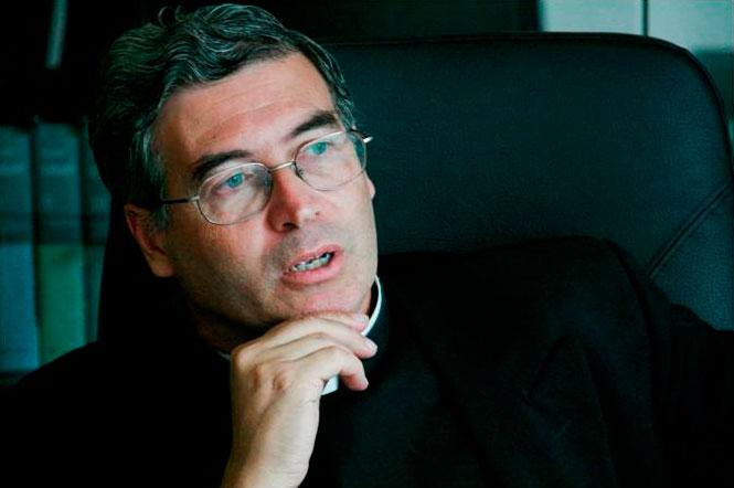 El padre Pedro Barrajón durante la entrevista  concedida a LaRed en el Ateneo Pontificio Regina Apostolorum.