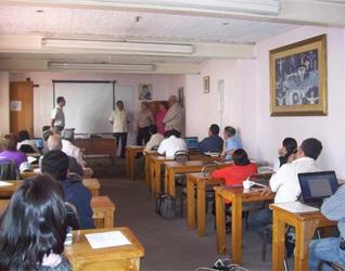Sesiones de trabajo durante el encuentro anual.