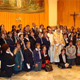 Mons. Carlos Aguiar Retes, presidente de la Conferencia Episcopal Mexicana, posa en la foto con algunos de los directores de las sedes de la Escuela de la Fe.