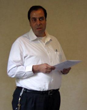 Cristián Názer expone una propuesta que será enviada al Card. De Paolis de parte de los consagrados que viven en Chile.