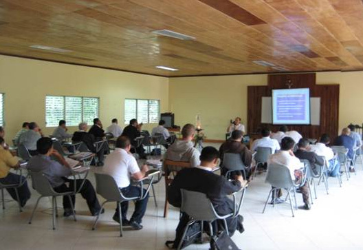 Curso de bio&eacute;tica en Nicaragua para sacerdotes diocesanos.