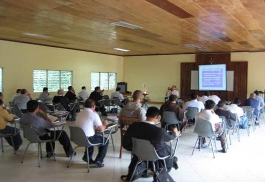 Curso de bioética en Nicaragua para sacerdotes diocesanos.