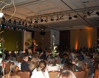 Cena a beneficio de la Fundación Mano Amiga, en Chile.