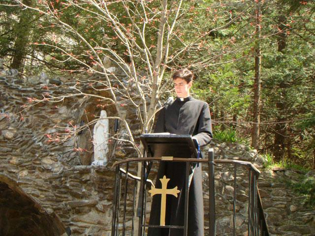 Religioso en peregrinación