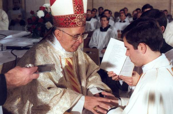 On December 24, 1985, Álvaro Corcuera was ordained a priest by Cardinal Eduardo Martínez Somalo.