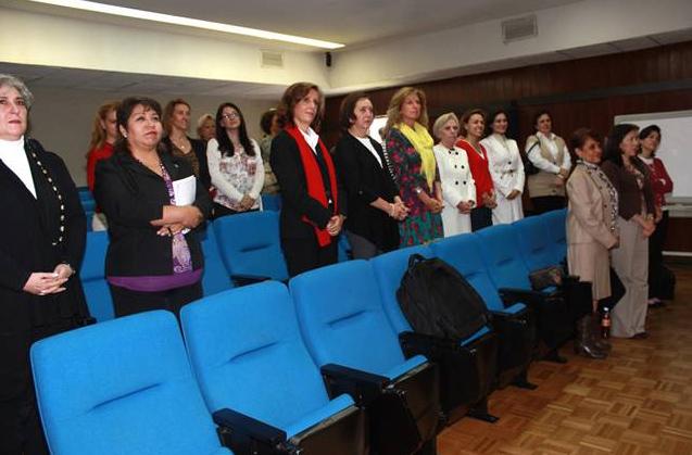 Un nutrido grupo de señoras miembros del Regnum Christi, estuvieron presentes en la defensa de la tésis.