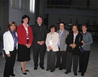 Representantes del Instituto Superior de Ciencias Religiosas con Mons. Christophe Pierre, Nuncio Apostólico en México.