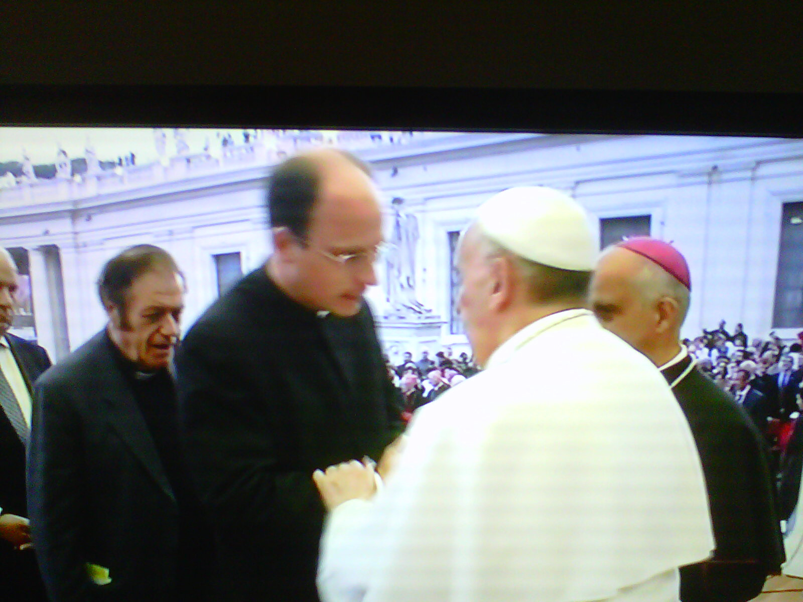 P. Sylvester Heereman, L.C. saluta Papa Francesco.