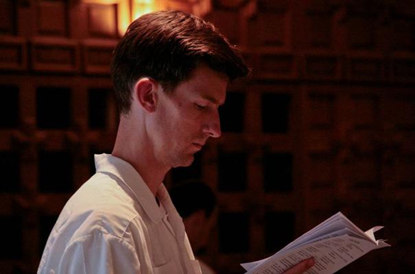 Stephen Howe, L.C. (de Australia) en un momento de oración en la capilla.