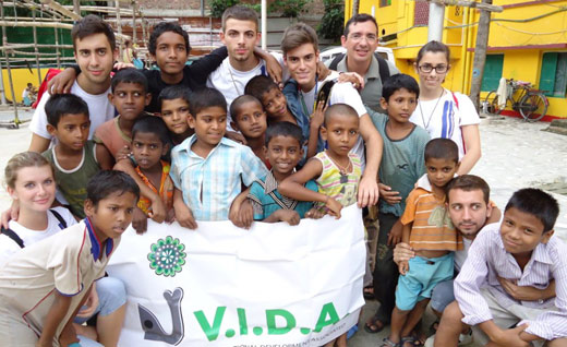V.I.D.A. Missioni in India agosto 2011.