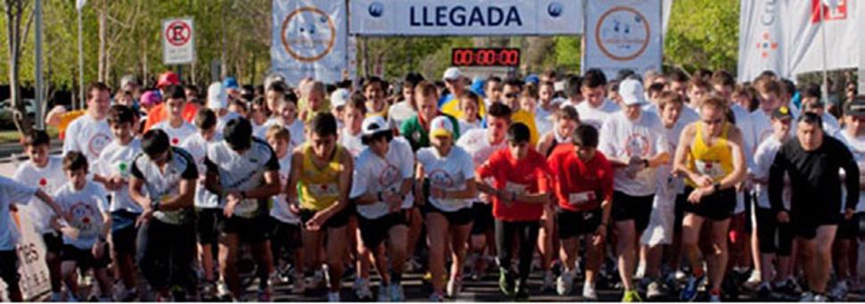 Más de mil personas participaron de la Corrida Mano Amiga en 2011.