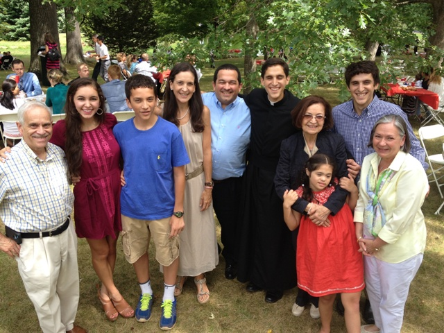 Br. Diego Flores LC and his family.