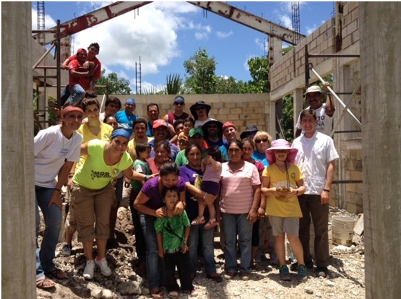 Missionaires build church near Cancun