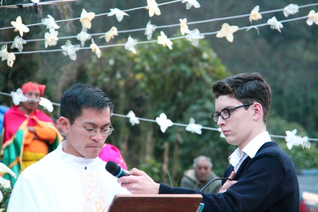 Cawood Thompson with Fr. Fr. Thanh Nguyen LC
