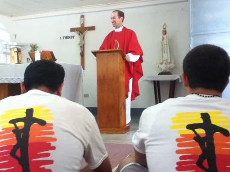Fr. Aaron Smith saying Mass in Haiti