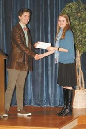 Singer awarding student