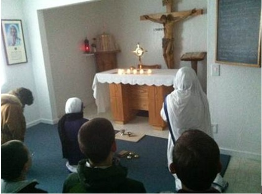Conquest Club in Adoration