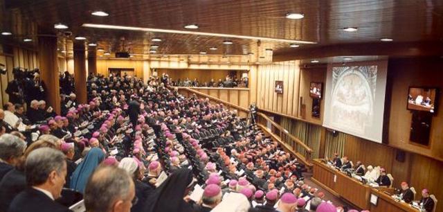 Sínodo de los obispos en Roma 2008.
