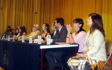 El presídium durante el día de la presentación del libro.