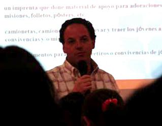 Pedro Cerrilla, director nacional de los Círculos de Acción Vocacional, motivó a los promotores vocacionales a apoyar la acción del Espíritu Santo en los jóvenes.