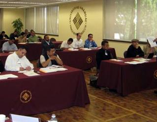 Primer módulo del diplomado en sicología para formadores de seminarios, en la Universidad Anáhuac de México Norte.