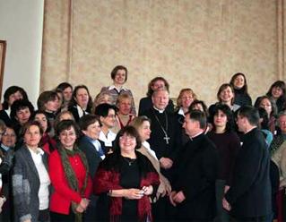 Señoras de Alemania, Polonia, Hungría y Austria con Mons. Jan Zając y los PP. Bennet Tierney y Matthew Devereux, L..L.C.C.