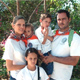 Antonio González-Aller con su familia
