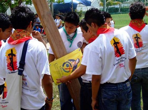 Con las misiones de Semana Santa, se iniciaron también los trabajos de la misión continental y permanente en la Prelatura.
