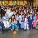 Voluntarios de Soñar Despierto con los niños de las casas hogares disfrutaron de un día lleno de sorpresas.