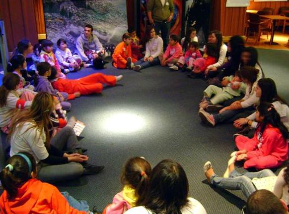 Lo principal de estas actividades es, además de la convivencia, la transmisión de valores entre jóvenes y niños.