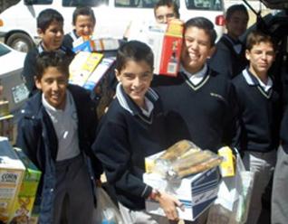 Alumnos del Instituto Cumbres de Aguascalientes planean objetivos para ayudar a quienes más lo necesitan.
